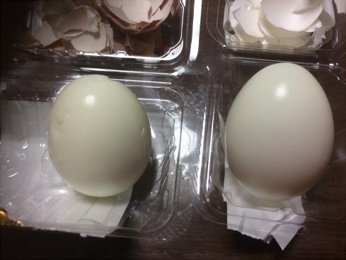 ヨード卵の殻をむいたよ